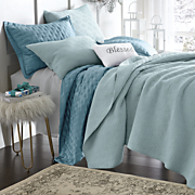 Fortuna Oversized Quilt and Sham
