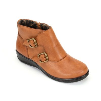 Easy Street Abbott Bootie mtTlY