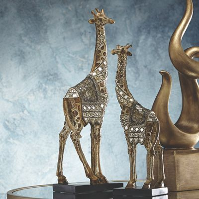 Set Of 2 Giraffe Figurines From Seventh Avenue Dw742005