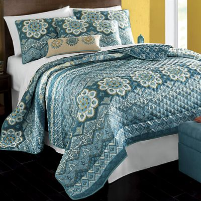 Costa Quilt, Sham and Pillow