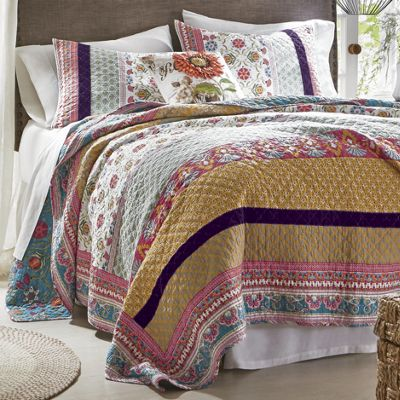 Your Choice Quilt and Sham