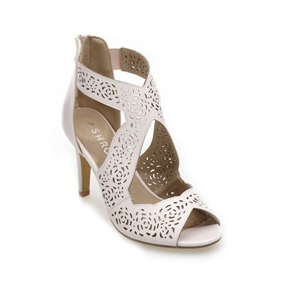 Mollie Cut-Out Sandal
