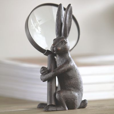 Hand Magnifier with Rabbit Stand