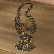 medallion drop necklace and earring set