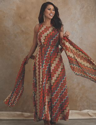 Sayanna Dress
