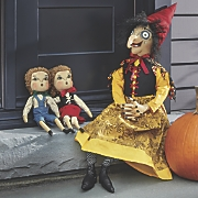 Sadie, Hansel & Gretel Figure