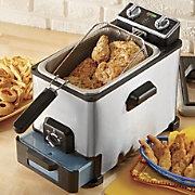 X-Large 4.2-QT Deep Fryer with Oil Filtration by Emeril