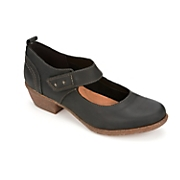 Wilrose Glen Shoe by Clarks