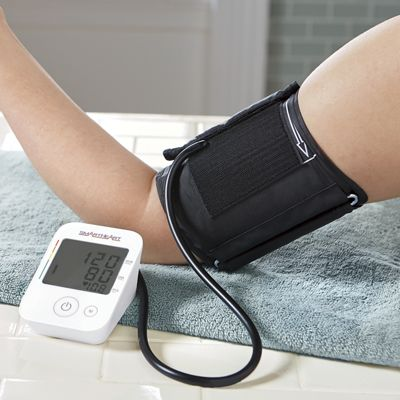 Arm Blood Pressure Monitor by Smartheart