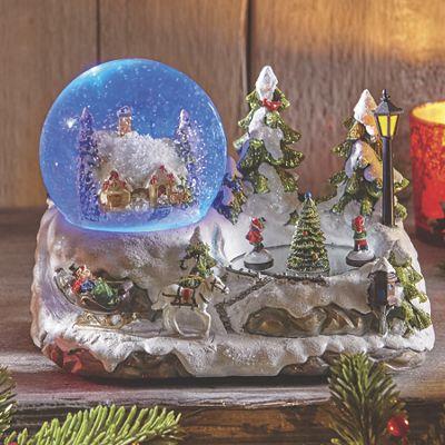 Winter House Skating Globe