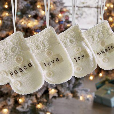 Set of 4 Mitten Ornaments
