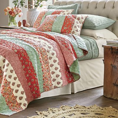 Caledonia Quilt and Sham by Jessica Simpson