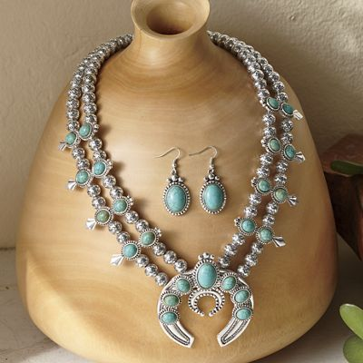 Faux-Stone Medallion Necklace and Earring Set