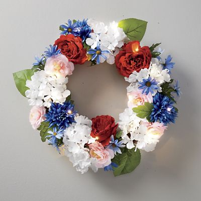 Lighted Mum Hydrangea Wreath