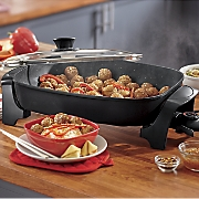 8-Qt. Platinum Jumbo Skillet by Elite