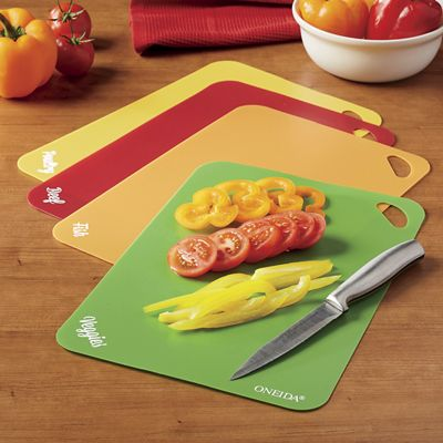 Set of 4 Cutting Mats by Oneida