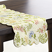 Jeanette Valance, Runner and Placemat Set