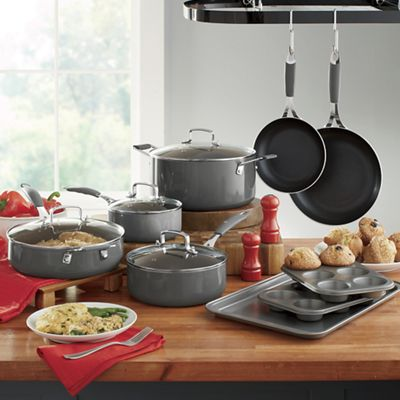 13-Piece Aluminum Cookware Set by Ginny's