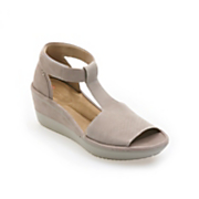 Wynnmere Avah Wedge by Clarks