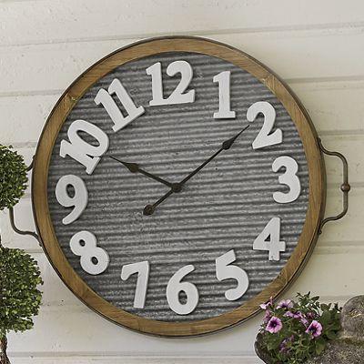 Metal Clock Décor