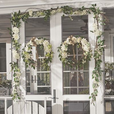 Cream Dahlia Garland and Wreath