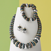 4-Color/Metallic Disc Necklace/Earring Set and Stretch Bracelet