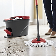 Easy-Wring Spin Mop and Refill by O'Cedar