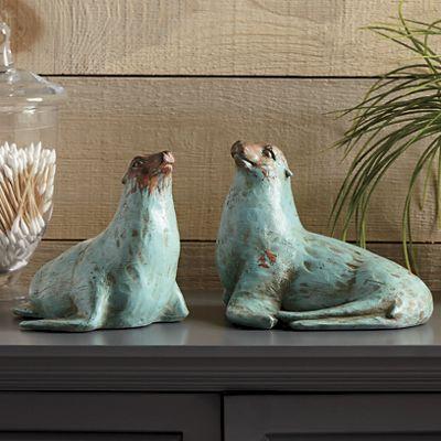 Set of 2 Seals