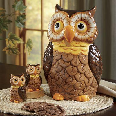 Owl Cookie Jar and Salt/Pepper Set