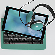 10  tablet with headphones by ematic