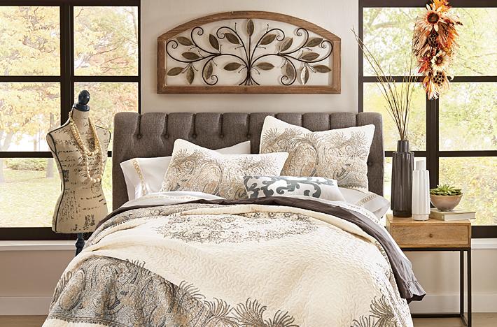 Addison Mini Comforter Set - Queen